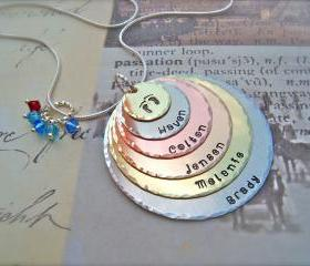 Mothers Day - EXCLUSIVE - SIX Disc Personalized Pendant Hand Stamped Necklace - For Mommy