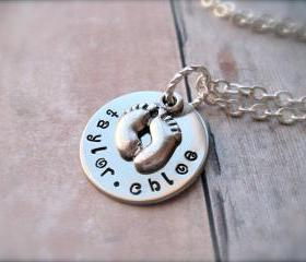 Mother's LOVE - Personalized Pendant with Footprint Charm Necklace